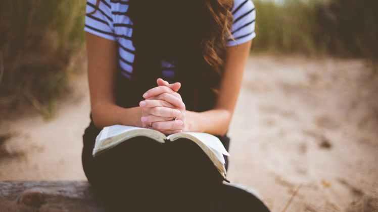 seven-simple-daily-prayers-gxuukz7d
